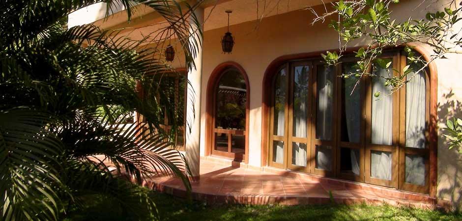 Villa-Encantada-Garden